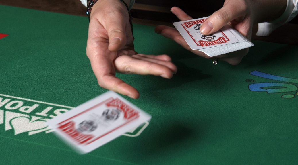 HOW TO BECOME A PROFESSIONAL PLAYER ON THE BEST ONLINE POKER SITE